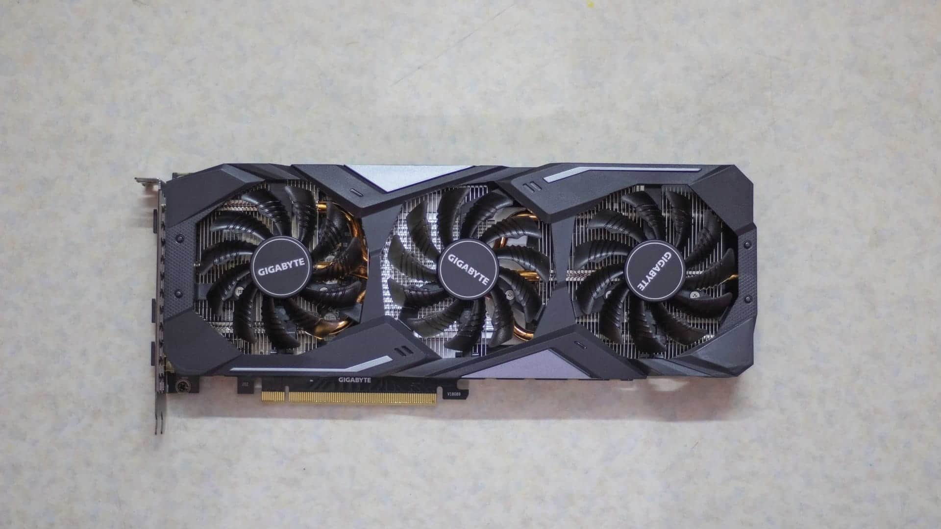 Gigabyte GTX 1660 Ti Gaming OC Top